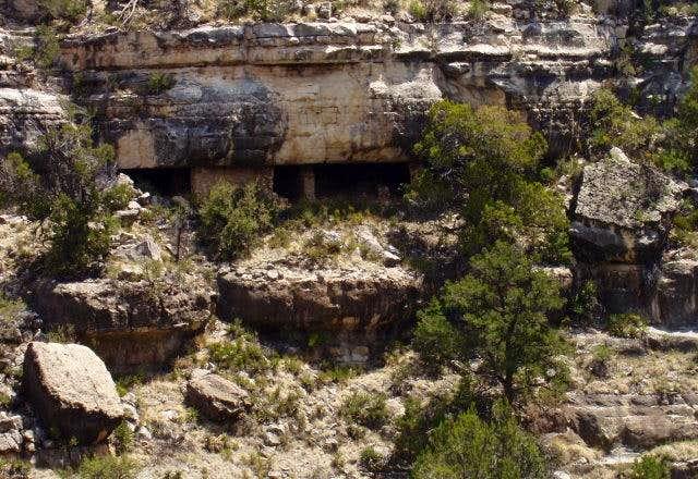 Walnut Canyon Ruin