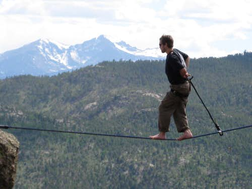 Highlining with Long\'s Peak