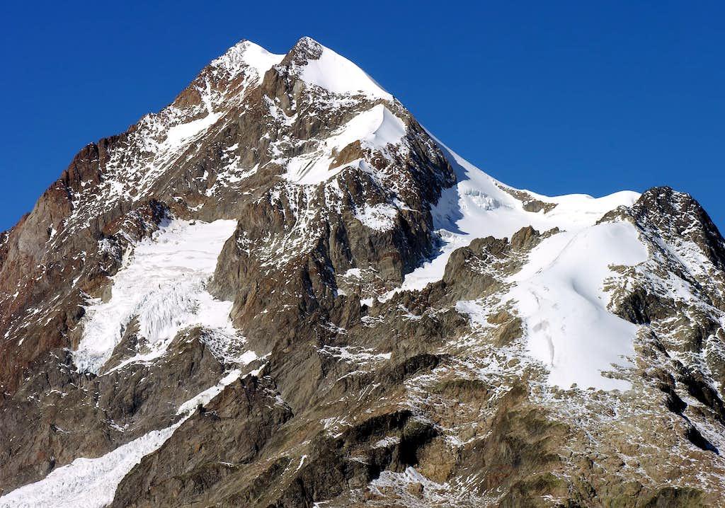 L'aiguille de Trélatête (3920m)