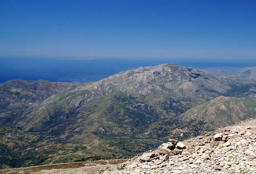 Kedros as seen from Psiloritis