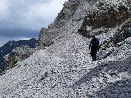 Goetheweg Trail to the North of Mandlspitze