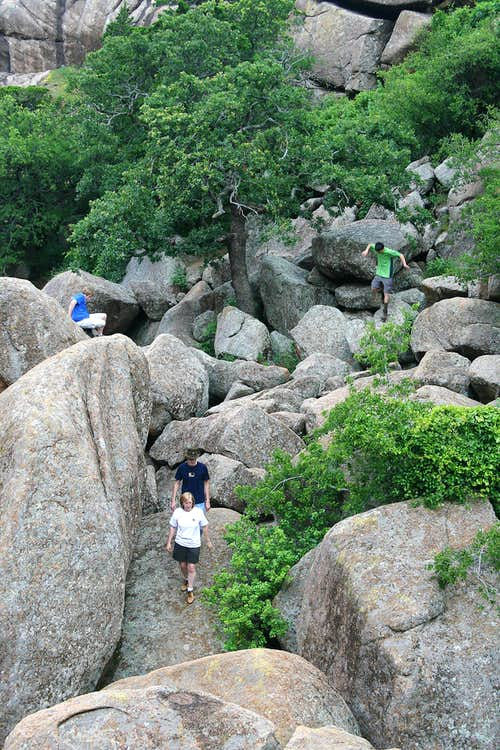 Picking a Way through Valley of Boulders