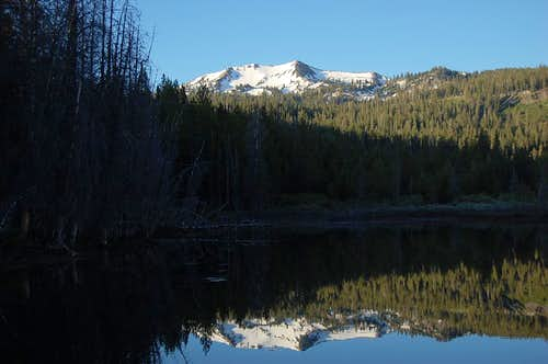 Reading Peak and reflection from Hat Lake
