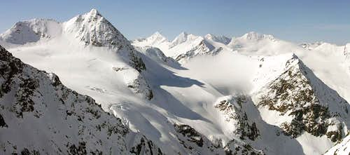 Panorama of Mutterberger Spitze from Schrankogel