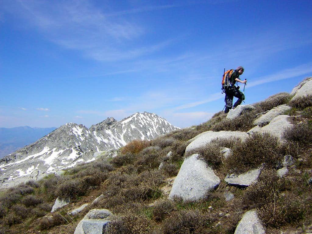 Hiking toward Lightning Ridge