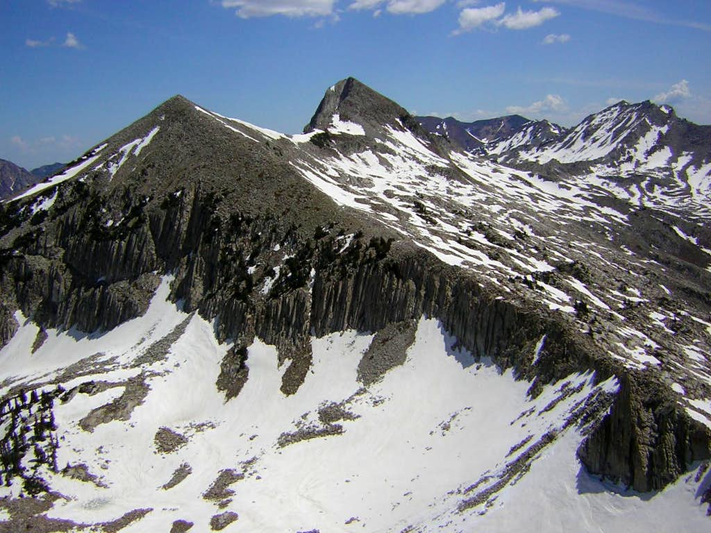 Unnamed peak 11,137 and Pfeifferhorn viewed from Lightning Ridge