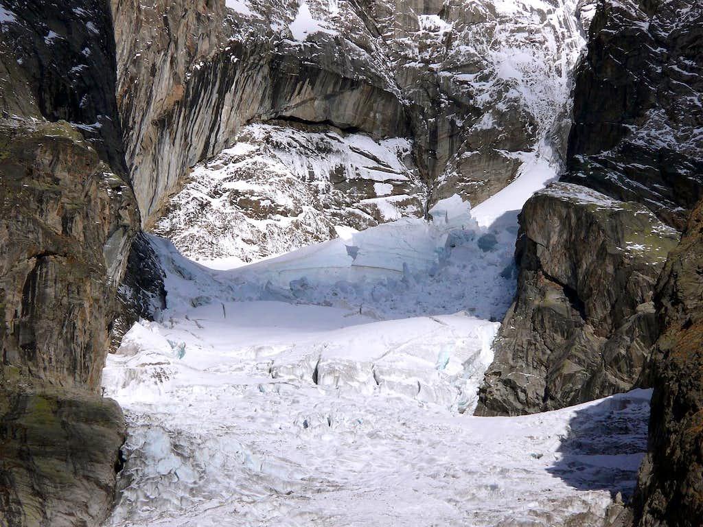 Planpincieux glacier, Grandes Jorasses