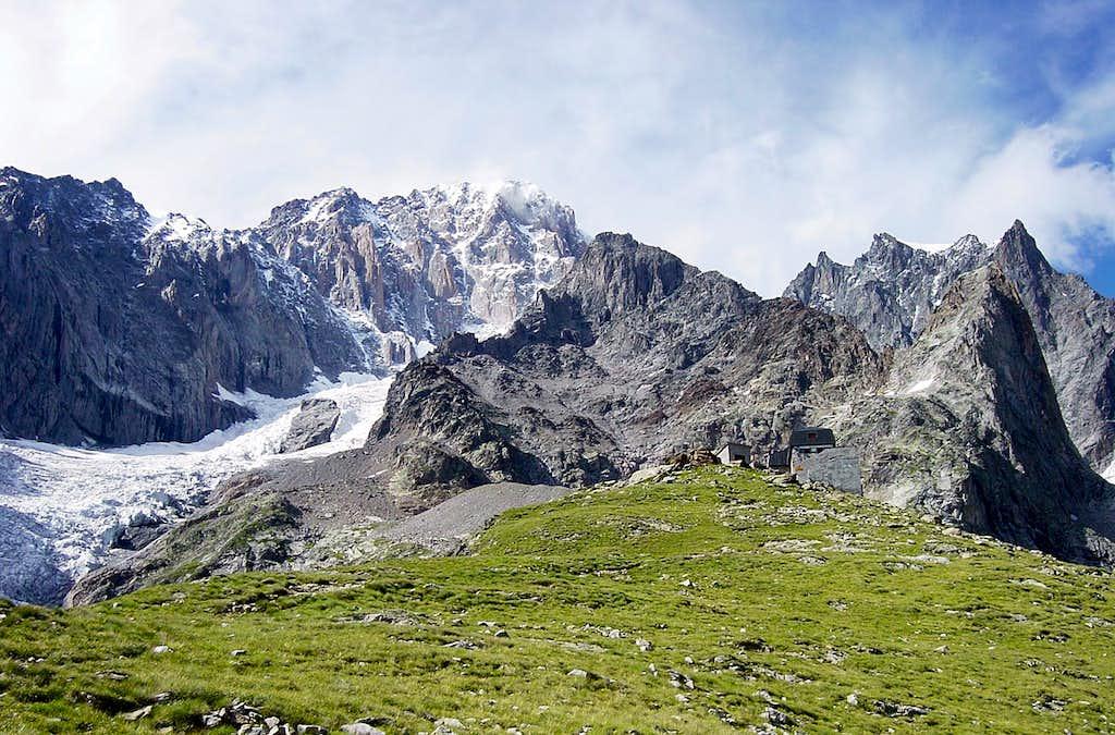 Way to the Innominata Ridge