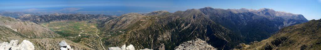 180° Summit Panorama Gingilos