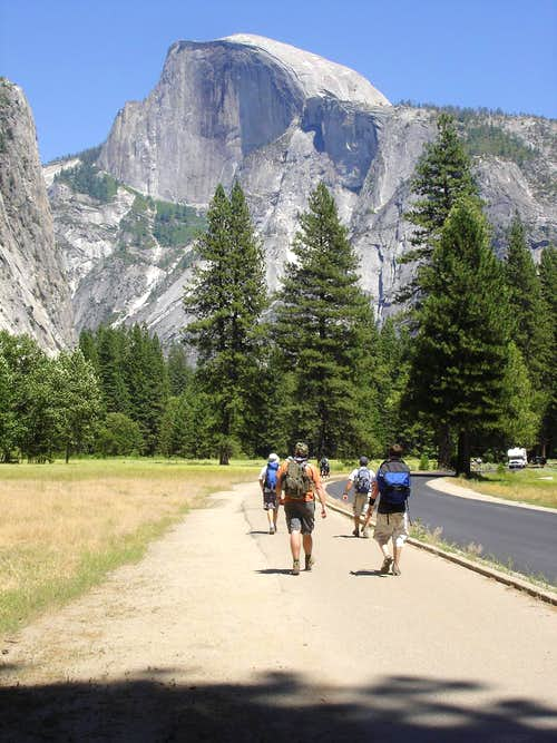 Hiking towards Half Dome