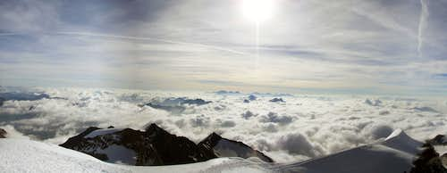 Piz Palü - climbing over the clouds