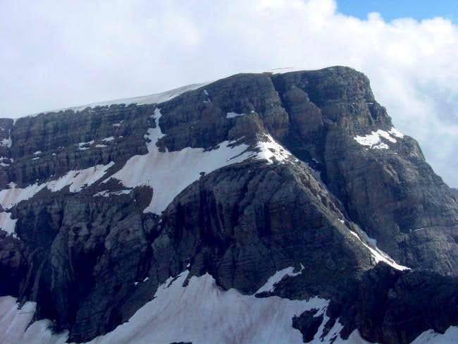 The peak of Marboré (3248m)...