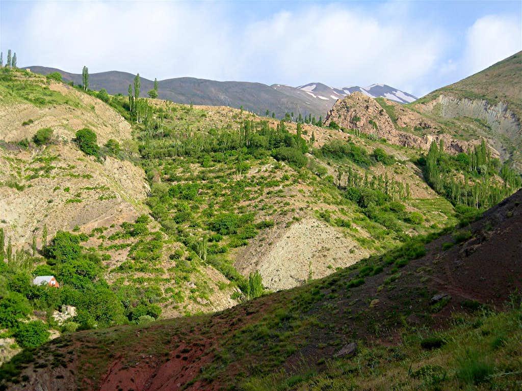 Peak 4050 m