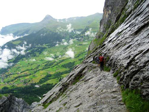 On the Hut path