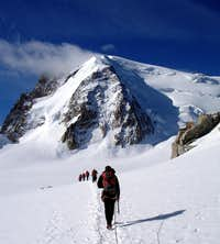 Heading to Mt Blanc du Tacul