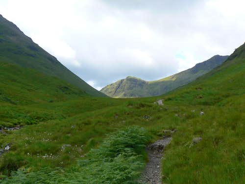 Looking up through the Lairig Eilde