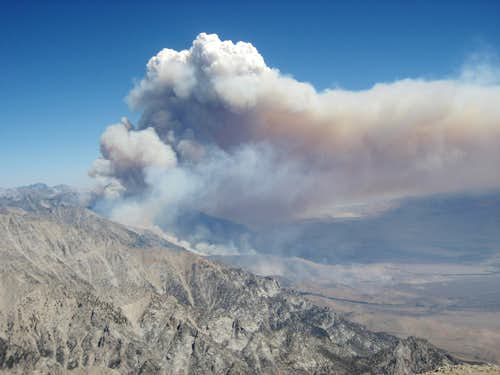 View of the fire from the summit of Williamson