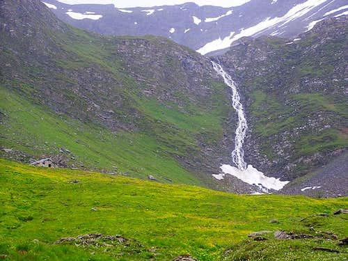 The Arminaz Valley