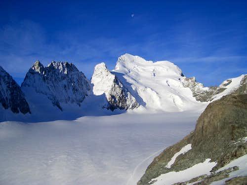 Barre des Ecrins, 4100m,  (Alps - France)