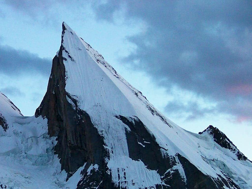 Laila Peak , Close-Up