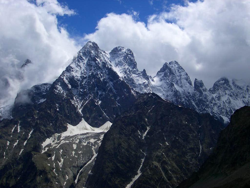 Mont Pelvoux (Alps-Ecrins, 3946m)