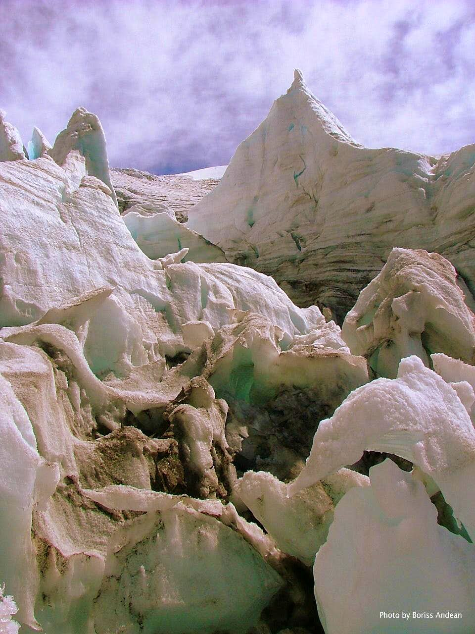Cayambe, Glacier Practices. Feb. 2007.