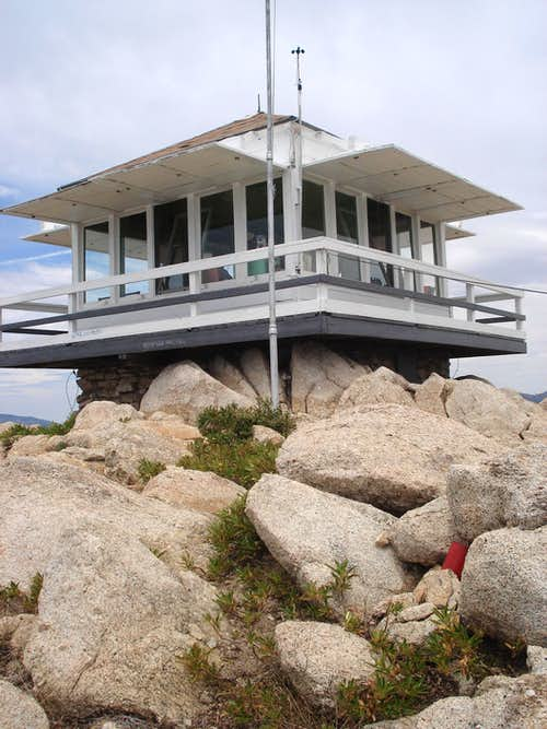 Vetter Mountain Fire Lookout