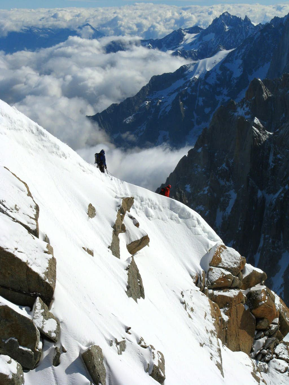 Climbers descending ridge to Vallee Blanche