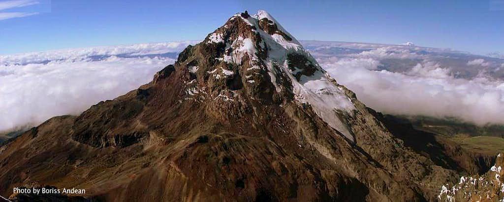 Illiniza Sur, Ecuador. (Panoramic Photo).