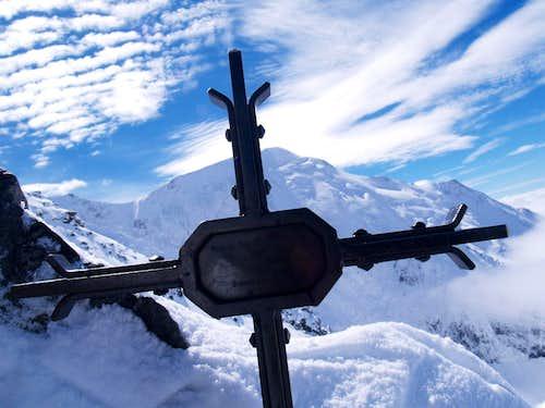 cross on the Goûter Ridge
