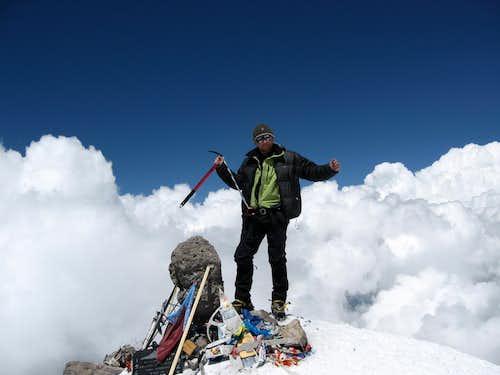 Elbrus West Summit 5642m