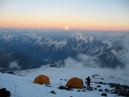 Camp on Pashtukova rocks