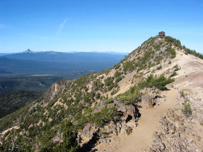 Summit and lookout. Thielsen...