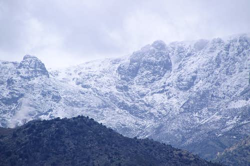 Winter conditions near Peña Chilla