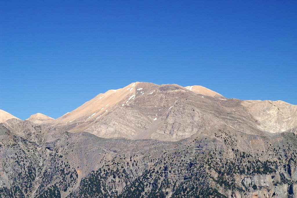 Pachnes (2453m) and Troharis (2410m)