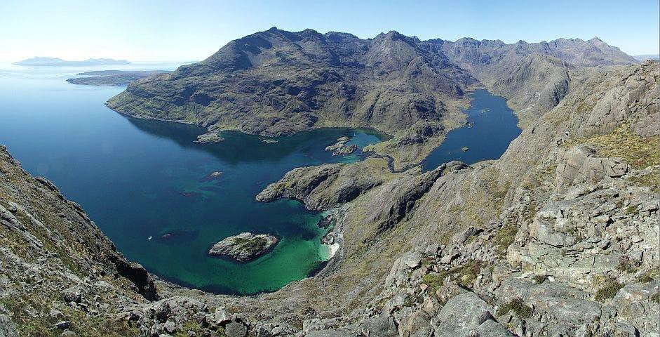 Summit panorama from Sgurr na Stri