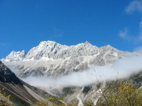 Haizi Shan\'s South Face...