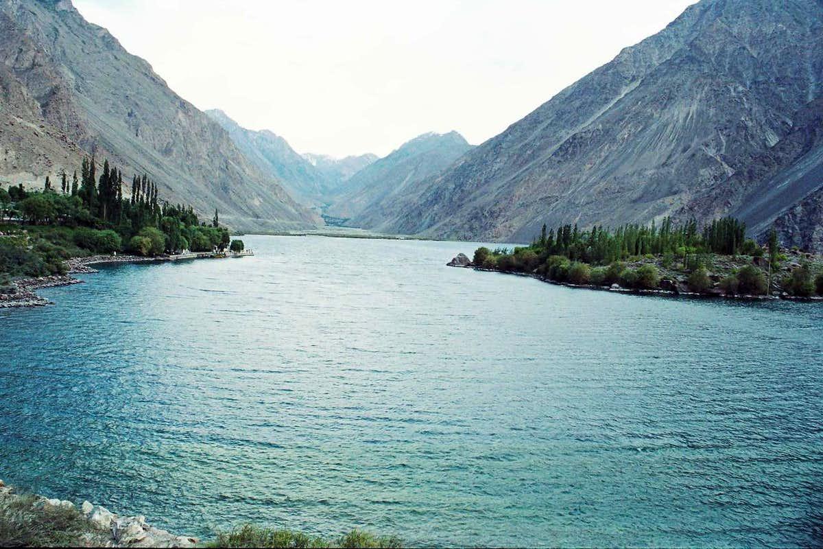 321082 - Satpara Lake