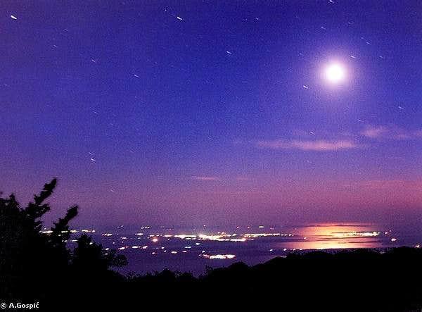 Night on Vlaski Grad