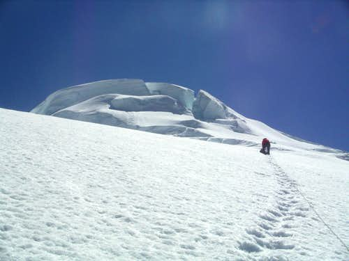 Approaching  the seracs on upper North Ridge