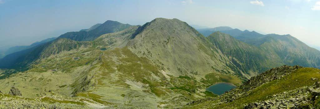 East view from Peleaga peak