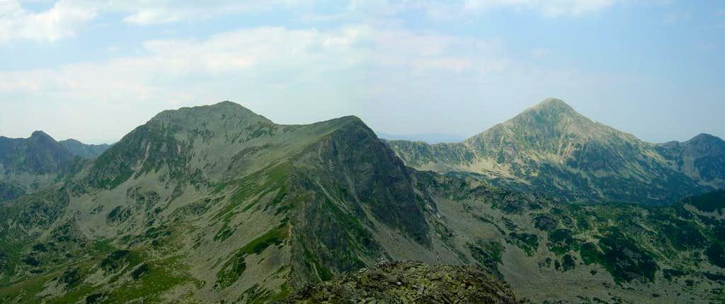 West view from Custura Bucurei peak