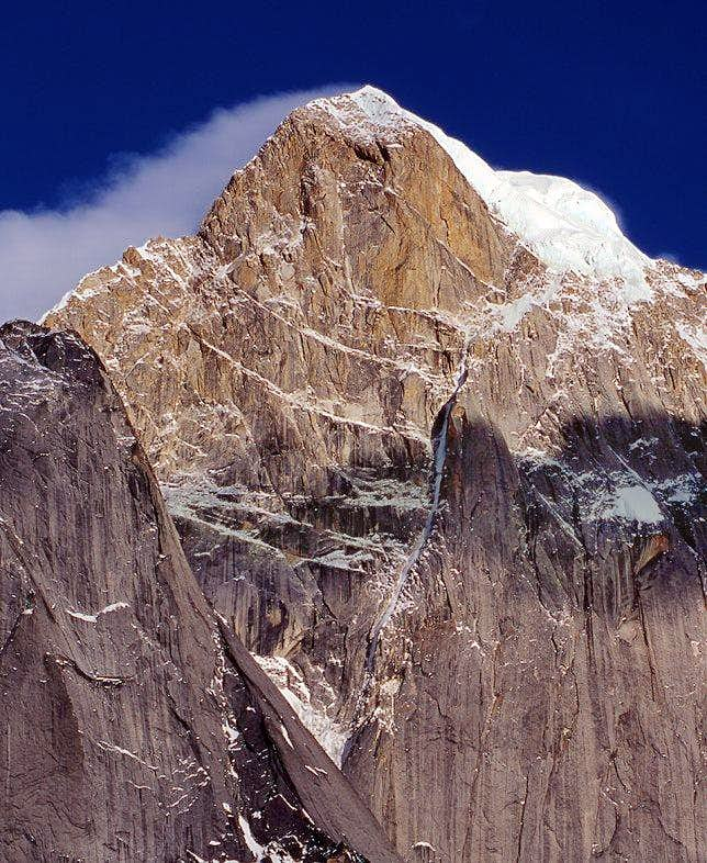 The northwest face of the main peak(6250m) of Four Girls Mountains