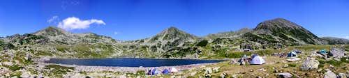 Noon panorama from Bucura Lake