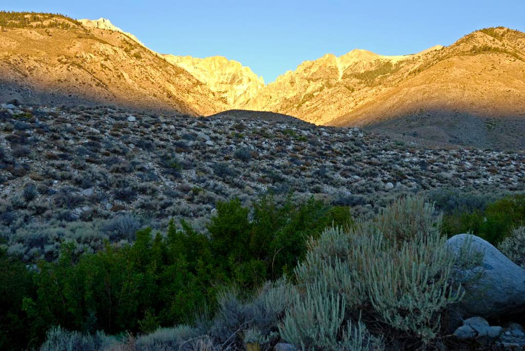 Sunrise at the Taboose Creek Trailhead