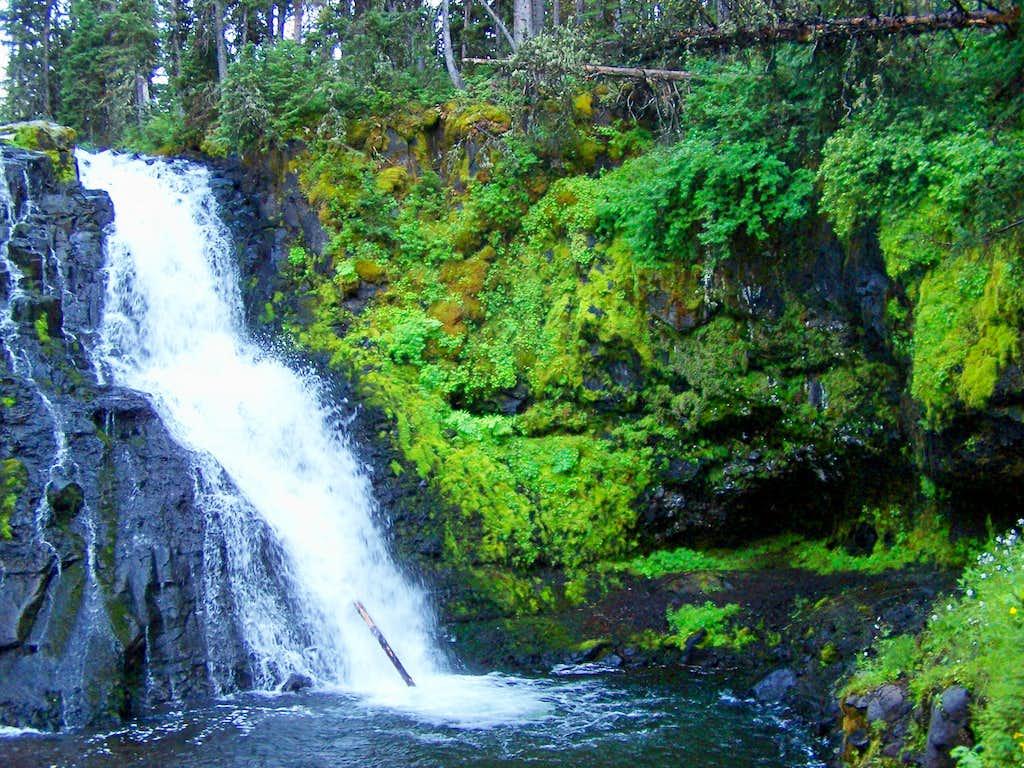 Grotto Falls Cavern