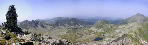 Northwest view from Păpuşa peak