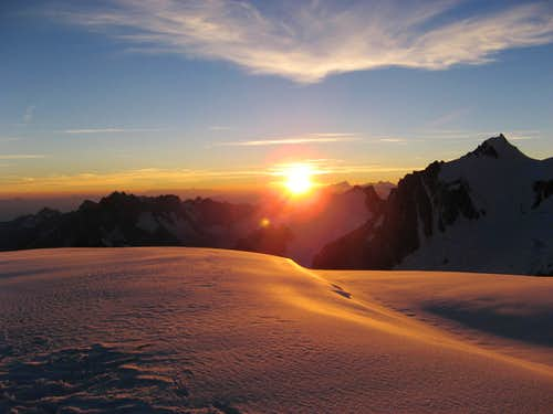 Mont Maudit 4465 m with sunrise.