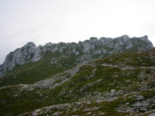 The whole ridge of Male Spice / Cime Verdi, 2167m