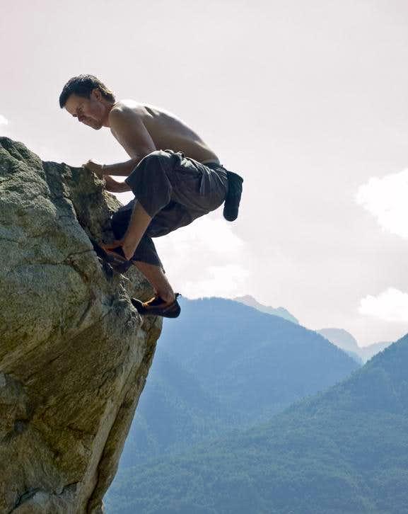 Bouldering in Cresciano